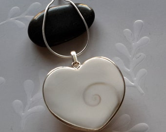 Heart shape  pendant shiva shell and silver with 18 inch rope chain
