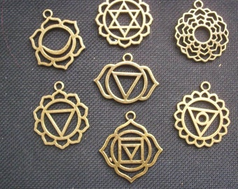 7 Chakra Pendants Bronze Tone Metal 30mm