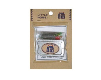 Little House   Pins in a tin