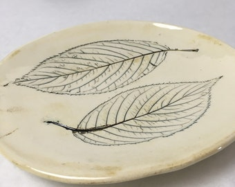 handmade ceramic leaf plate - small plate - nature leaf - leaf impression - green and white