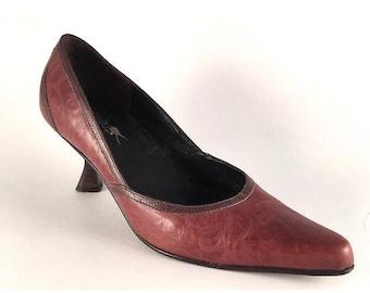 Beautiful Vintage Michelle K Ladies Leather Kitten Heel Shoe 5.5