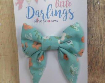 SALE! 30% OFF**Sailor Hair bow, Toddler hair bow, Baby hair bow, Teen hair bow, Girl Hair bow- Peach  flowers