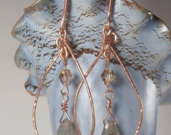 Copper wire earrings, teardrop earrings, labradorite briolette, crystal beads