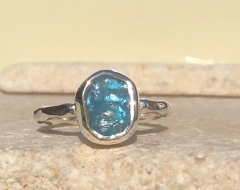 Raw Apatite Silver Ring, Blue Stone Ring, Raw Stone Ring, Apatite Ring, Rough Gemstone Ring, Natural Gemstone Silver Ring