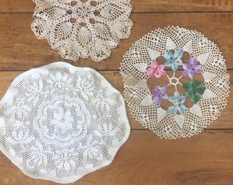 vintage doily lot, ECRU doilies, doily set, craft doilies, crochet doily lot, wedding table decor