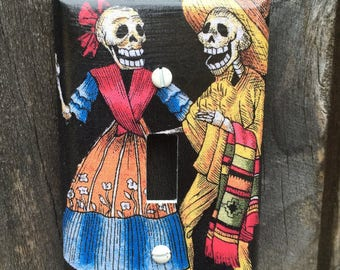 Single Switch Plate Cover Skeleton Couple #259