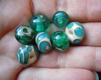 Handmade Lampwork Glass Bead Set. Jewelry Supply. Silvered Glass Green and Ivory. LWS-62