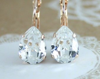 rose gold crystal earrings,clear crystal earrings,rose gold earring,crystal bridesmaid earrings,swarovski earrings,teardrop crystal earrings