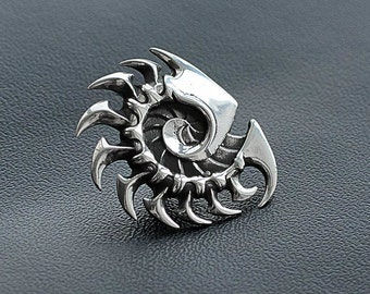 Zerg pin inspired by StarCraft game made from white bronze
