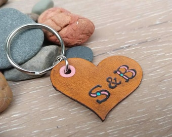 Leather Heart Keychain, Leather Keychain with Initials, Hand Painted Leather Keychain