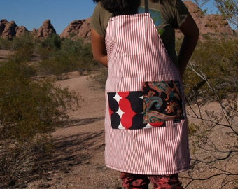 Red and white striped women's or men's bib apron, heavy canvas, two large pockets