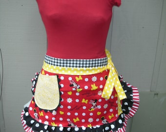 Womens Aprons - Minnie Mouse Aprons - Minnie Aprons - Annies Attic Aprons - Teachers Gifts - Hostess Gifts - Disney Land Aprons - Red Dots