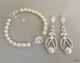 Bridal jewelry set wedding earrings and bracelet set cubic zirconia pearl earrings Chandelier earrings and bracelet set wedding set CINDY