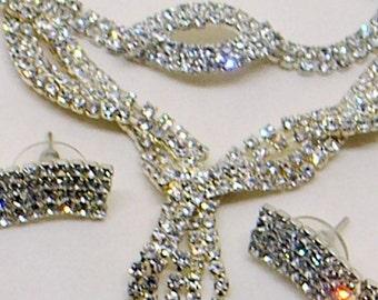 Vintage Rhinestone Set - Rhinestone Dangle Earrings, Necklace AND Bracelet - Wedding - Prom - Glamorous - Bridal Set