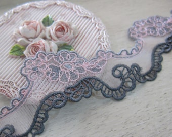 1 Yard- Embroidered Venice Lace/ NBDL34- Delicate Pink/Gray Lace/