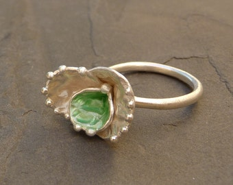 Green Cocoon Ring,  Green Ring, Green organic Ring, Organic Jewelry, Contemporary  ring,  Handmade jewelry, Handmade silver ring