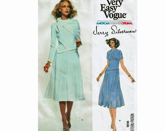 Very Easy Vogue 1816 Jerry Silverman Size 14 Bust 36 1970s Uncut Sewing Pattern Dress and Scarf for stretch Knits American Designer Original