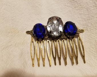 A Touch French  beaded hair comb