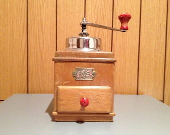Coffee Mill of German origin firma KSB, CA. 1945/50. Antique Coffee Grinder. Old Coffee Mill