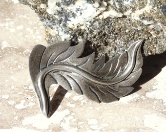 Serafin Moctezuma Vintage Taxco Sterling Silver Feather Brooch c. 1940s