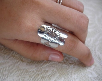 Stainless Flower Ring (free shipping)