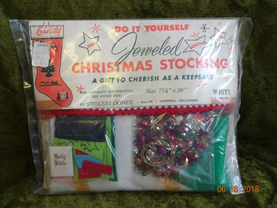 Jeweled christmas stocking kit solutioingenieria Images
