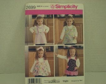 Simplicity Toddler Aprons