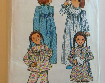 UNCUT Butterick 5707 Toddlers Pajamas and housecoat Size 2 Vintage 1979