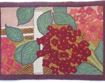 "Hand-hooked rug ""Japanese Garden"""