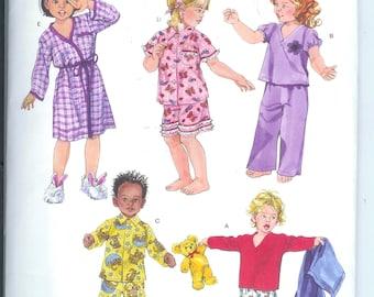 Simplicity Toddlers Pajamas Robe SLEEPWEAR  Sewing Pattern 3584 Size A 1/2-1-2- 3-4  Uncut