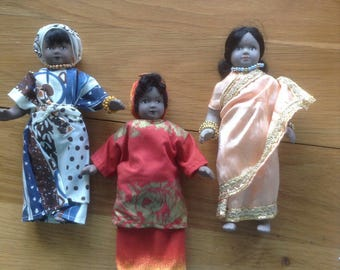 Vintage collectable porcelain 'Dolls of the world'