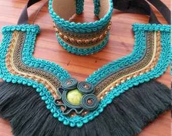Necklace ethnic with fringes and cuff set