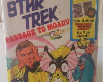 Vintage Star Trek Passage to Moauv Book and Record Set PR 25