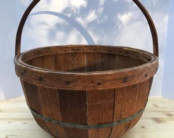 IMPORTANT Antique Vermont Apple Picking Basket,Half Bushel Basket, Orchard Basket, New England Apple Basket