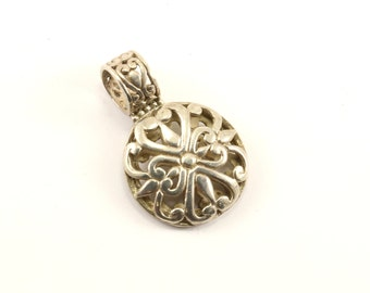 Vintage Beautiful Scroll Design Pendant 925 Sterling Silver PD 1423