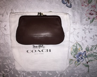 COACH VINTAGE BROWN Leather Kiss Lock Coin Purse W/Dust Bag