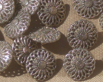 lot 21 FILIGREE PIERCED vintage Silver Metal Flower Floral set buttons 14.5mm 9/16""