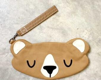 Wristlet - The Honey Bear Wrist-Poche (CAMEL)