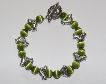 Green Cats Eye Bracelet with Birds.