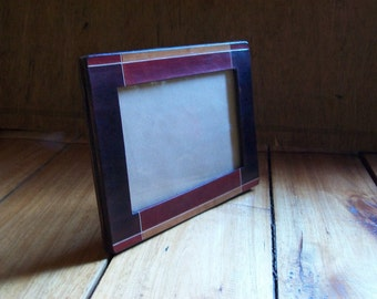 Leather frame. Leather photo frame. 4x6 inch (10x15 cm). Dyeing and brush painted with acrylic. Desk accessory. OOAK.