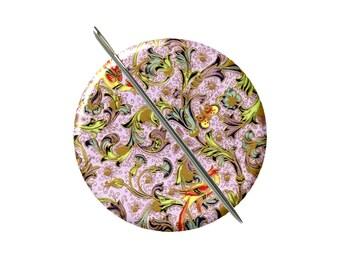 Aimant de vintage design Floral violet or aiguille minder Croix Couture Couture outil couture notion femme cadeau moins de 10 ans stuffer de bas