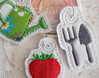Digital File: 3 Strawberry Garden zip pull/bag charms/zip pulls 4x4 ITH