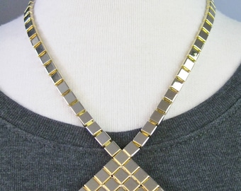 Gold Diamond Shaped Choker / Vtg 80s / Disco Flat Reflective Gold Pendant Choker Necklace