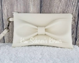 Off-White Bow Clutch Purse / Wristlet / Small Purse / Faux Leather  / Bright Lining / Going out Purse / Bow Purse / Prom Purse