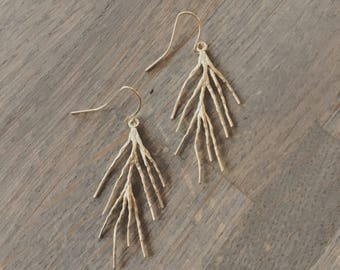 Matte gold branch leaf earrings