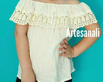 Mexican Peasant Girl Blouse off the Shoulder size 4-6 years old/