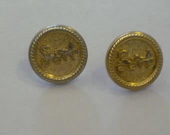 2 round gold tone engraved 23 mm button