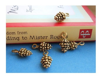 12 little Pinecones Brass / Antique Gold Tone Pinecone Charms Mini Pine Cone Charm Fall Jewelry Supplies 8x13mm