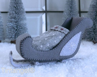 The Joy of Winter - The Sled - PDF pattern - instand dowload