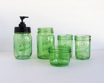Green Bathroom Set, Mason Jar Bathroom Set, Glass Bathroom Set, Bathroom Organizer, Green Soap Pump, Green Bath Set, Mason Jar Bath